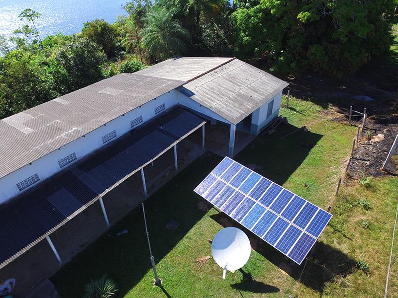 Instalação Fotovoltaica na Comunidade da Barra de São Manoel AM